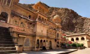 Храм Бирла Мандир в Джайпуре, описание и фото