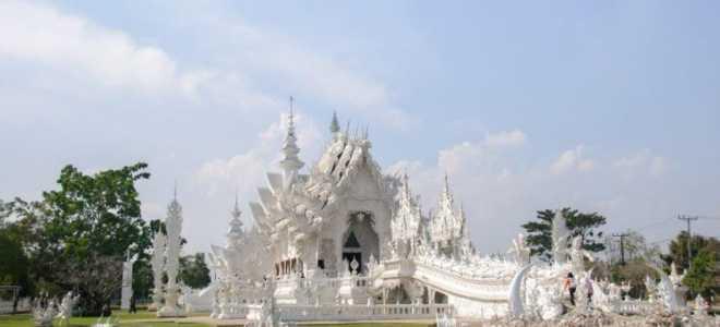 Белый Храм в Тайланде, Ват Ронг Кхун